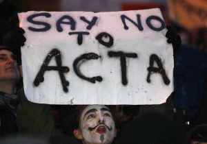 127067-people-protesting-against-acta