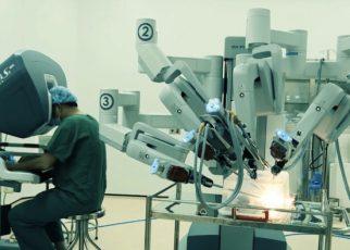 Robot phẫu thuật và ứng dụng trong y tế